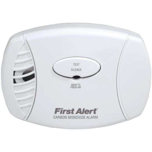 First Alert Plug-In 120V Electrochemical Carbon Monoxide Alarm